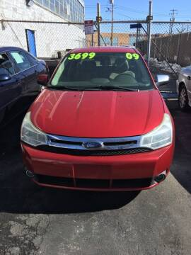 2009 Ford Focus for sale at Square Business Automotive in Milwaukee WI