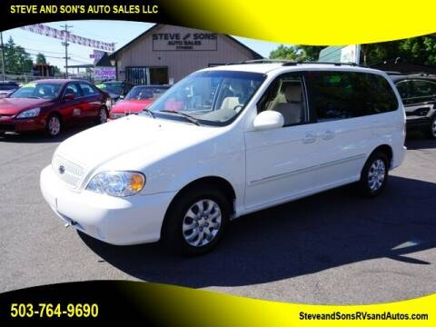 2005 Kia Sedona for sale at Steve & Sons Auto Sales in Happy Valley OR