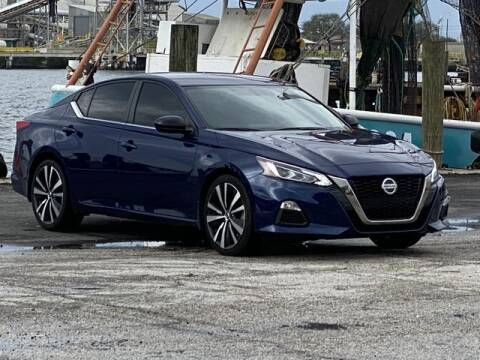 2019 Nissan Altima for sale at Pioneers Auto Broker in Tampa FL