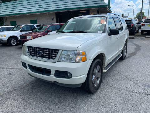 2003 Ford Explorer for sale at Diana Rico LLC in Dalton GA