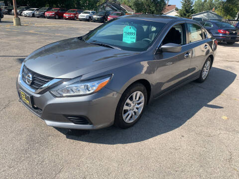 2017 Nissan Altima for sale at PAPERLAND MOTORS in Green Bay WI