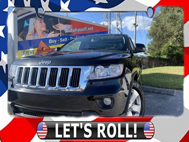 2011 Jeep Grand Cherokee for sale at Das Autohaus Quality Used Cars in Clearwater FL