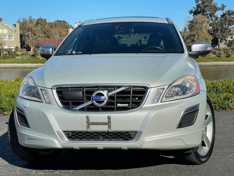 2013 Volvo XC60 for sale at Continental Car Sales in San Mateo CA