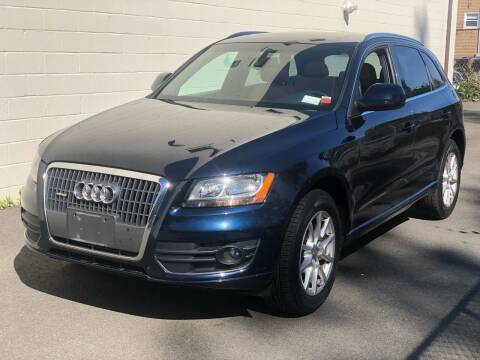 2011 Audi Q5 for sale at MAGIC AUTO SALES in Little Ferry NJ