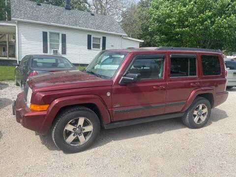 2007 Jeep Commander for sale at VAZQUEZ AUTO SALES in Bloomington IL