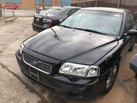 2006 Volvo S80 for sale at Square Business Automotive in Milwaukee WI