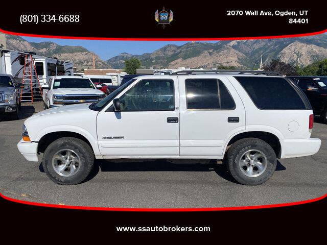 2002 Chevrolet Blazer for sale at S S Auto Brokers in Ogden UT