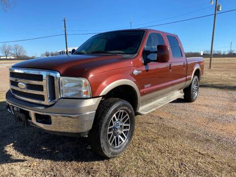2006 Ford F-250 Super Duty for sale at CAVENDER MOTORS in Van Alstyne TX