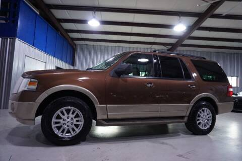 2011 Ford Expedition for sale at SOUTHWEST AUTO CENTER INC in Houston TX