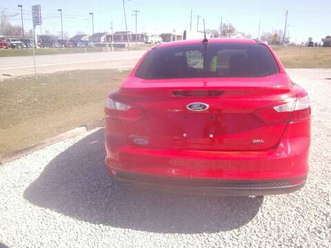 2012 Ford Focus for sale at MITRISIN MOTORS INC in Oskaloosa IA