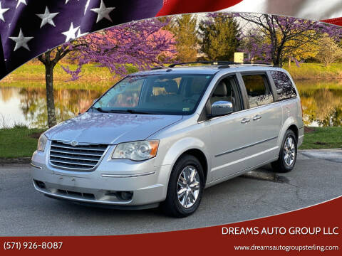 2009 Chrysler Town and Country for sale at Dreams Auto Group LLC in Sterling VA