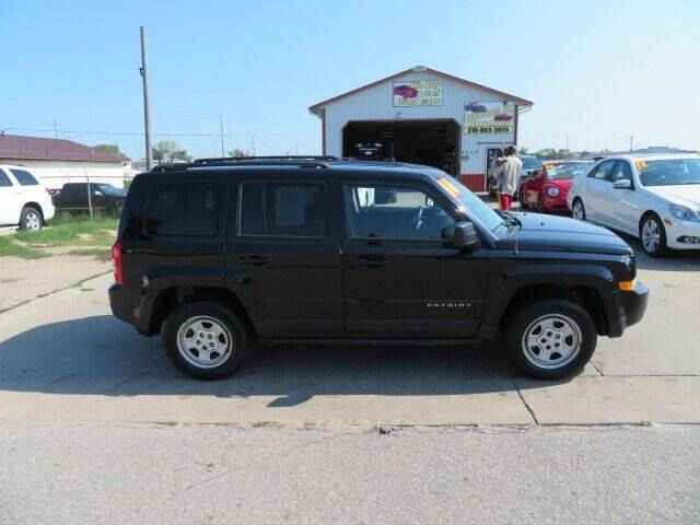 2016 Jeep Patriot for sale at Jefferson St Motors in Waterloo IA