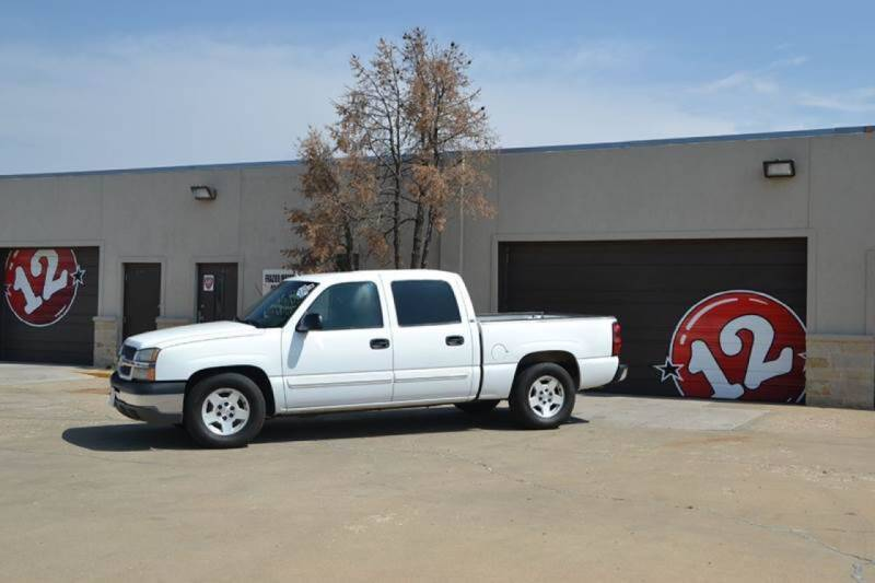 2005 Chevrolet Silverado 1500 for sale at V12 Auto Group in Lubbock TX