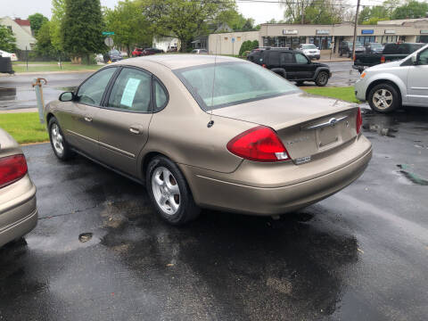 2003 Ford Taurus for sale at Prospect Auto Mart in Peoria IL