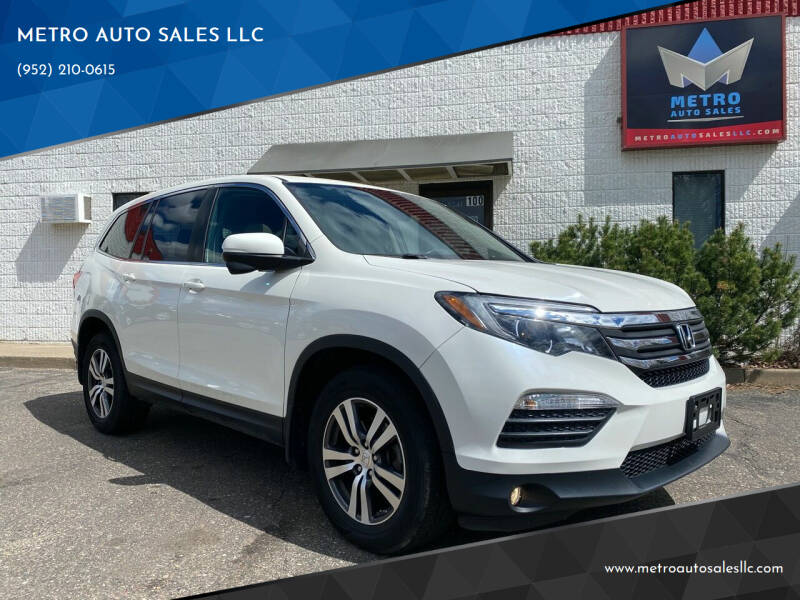 2017 Honda Pilot for sale at METRO AUTO SALES LLC in Blaine MN