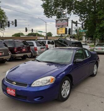 2007 Chevrolet Monte Carlo for sale at Corridor Motors in Cedar Rapids IA