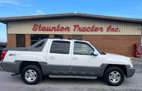 2002 Chevrolet Avalanche for sale at STAUNTON TRACTOR INC in Staunton VA