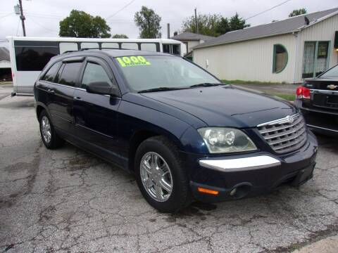 2004 Chrysler Pacifica for sale at Car Credit Auto Sales in Terre Haute IN