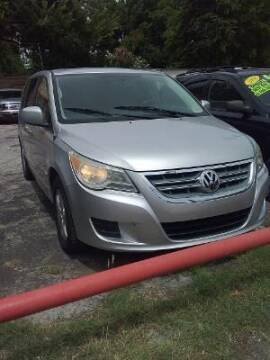 2010 Volkswagen Routan for sale at Used Car City in Tulsa OK