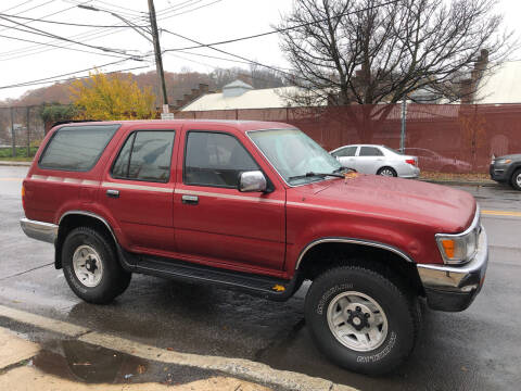1992 Toyota 4Runner for sale at Deleon Mich Auto Sales in Yonkers NY