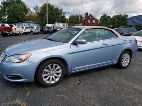 2013 Chrysler 200 Convertible for sale at COLONIAL AUTO SALES in North Lima OH