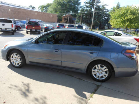 2010 Nissan Altima for sale at Grand River Auto Sales in River Grove IL