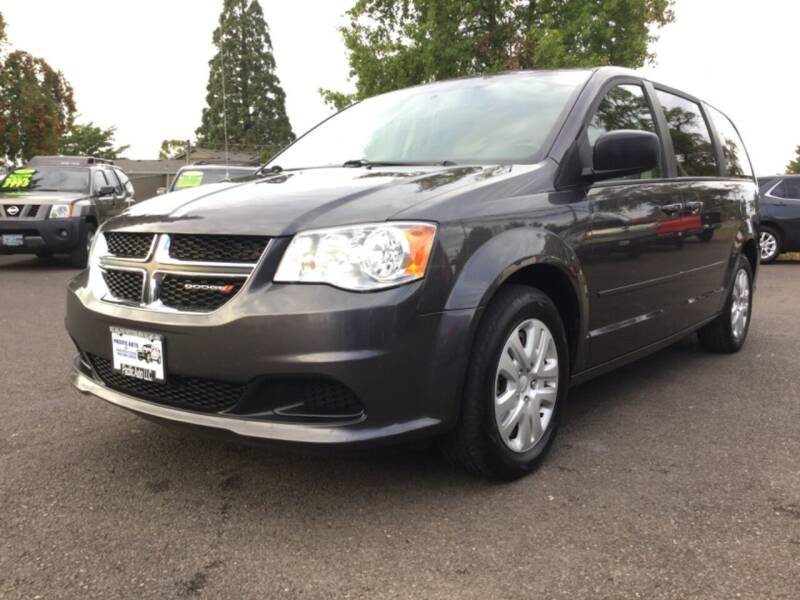 2017 Dodge Grand Caravan for sale at Pacific Auto LLC in Woodburn OR
