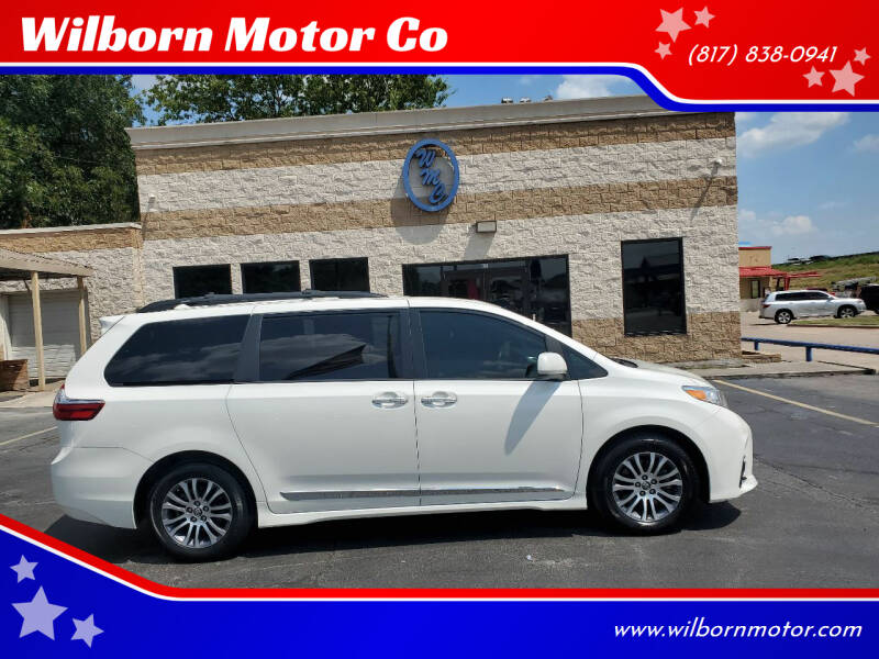 2018 Toyota Sienna for sale at Wilborn Motor Co in Fort Worth TX
