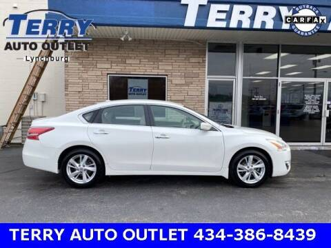 2013 Nissan Altima for sale at Terry Auto Outlet in Lynchburg VA