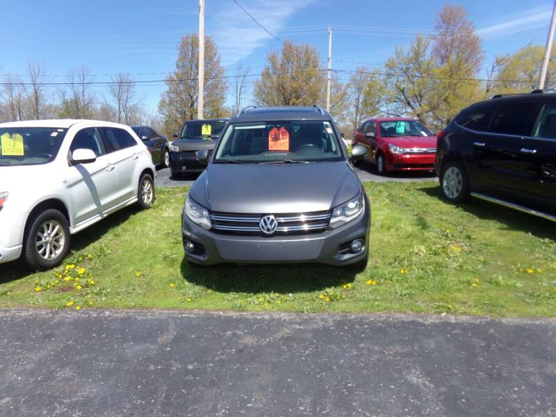 2013 Volkswagen Tiguan for sale at Pool Auto Sales Inc in Spencerport NY