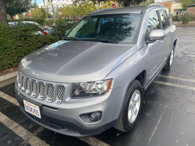 2016 Jeep Compass for sale at Fiesta Motors in Winnetka CA