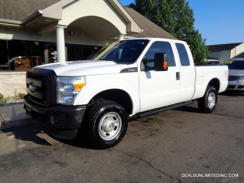 2016 Ford F-250 Super Duty for sale at DEALS UNLIMITED INC in Portage MI