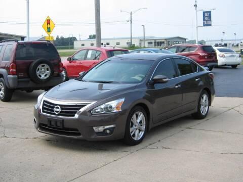 2015 Nissan Altima for sale at Rochelle Motor Sales INC in Rochelle IL