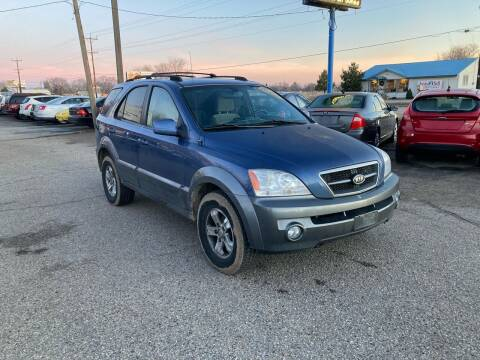 2006 Kia Sorento for sale at AFFORDABLY PRICED CARS LLC in Mountain Home ID