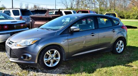 2014 Ford Focus for sale at PINNACLE ROAD AUTOMOTIVE LLC in Moraine OH