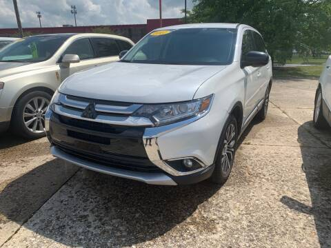 2017 Mitsubishi Outlander for sale at Cars To Go in Lafayette IN
