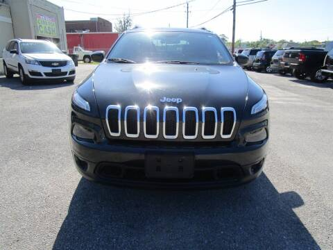 2015 Jeep Cherokee for sale at DERIK HARE in Milton FL