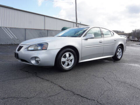 2005 Pontiac Grand Prix for sale at CHAPARRAL USED CARS in Piney Flats TN