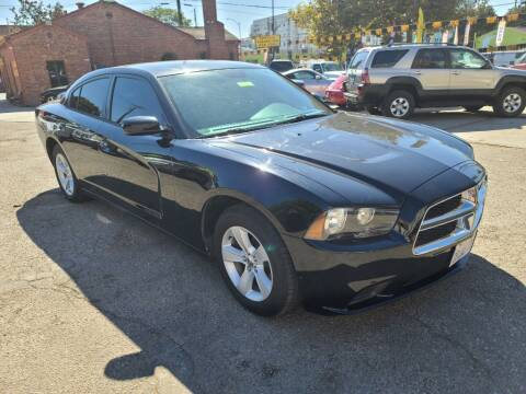 2014 Dodge Charger for sale at ROBLES MOTORS in San Jose CA