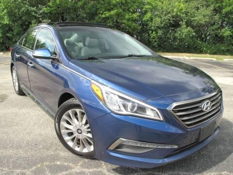 2015 Hyundai Sonata for sale at Future Motors in Addison IL