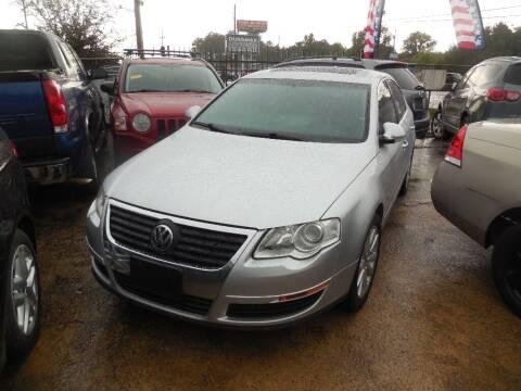 2006 Volkswagen Passat for sale at SCOTT HARRISON MOTOR CO in Houston TX