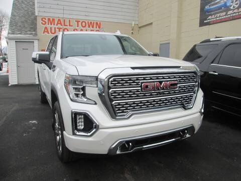 2020 GMC Sierra 1500 for sale at Small Town Auto Sales in Hazleton PA