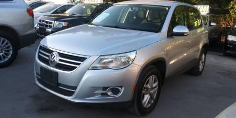 2011 Volkswagen Tiguan for sale at AUTOTEX FINANCIAL in San Antonio TX