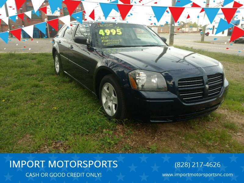 2005 Dodge Magnum for sale at IMPORT MOTORSPORTS in Hickory NC