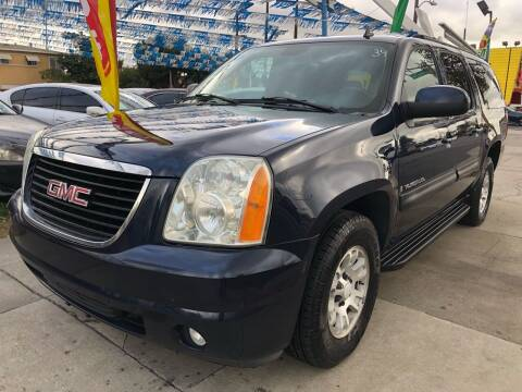 2007 GMC Yukon XL for sale at Plaza Auto Sales in Los Angeles CA