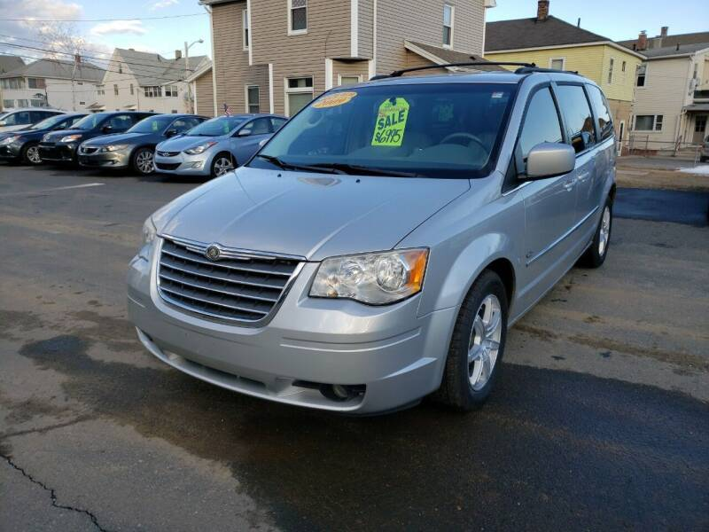 2009 Chrysler Town and Country for sale at Pafumi Auto Sales in Indian Orchard MA