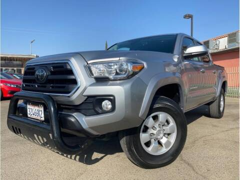 2018 Toyota Tacoma for sale at MADERA CAR CONNECTION in Madera CA