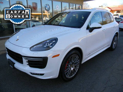 2016 Porsche Cayenne for sale at Platinum Motorcars in Warrenton VA