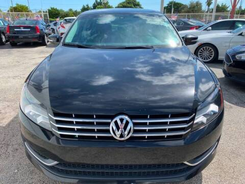 2013 Volkswagen Passat for sale at INTERNATIONAL AUTO BROKERS INC in Hollywood FL
