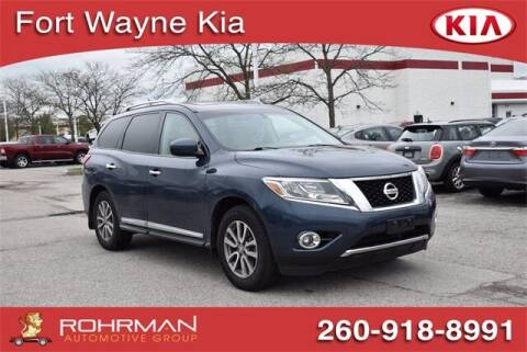 2015 Nissan Pathfinder for sale at BOB ROHRMAN FORT WAYNE TOYOTA in Fort Wayne IN